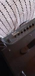 Título do anúncio: Amplificador Bass Iron 100 cb Novo Amplificador de Guitarra Strinberg Cg15 Novo