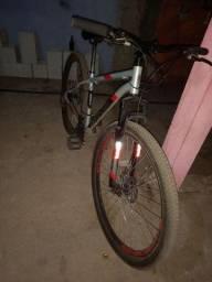 Título do anúncio: Vendo bicicleta aro 29 top semi nova