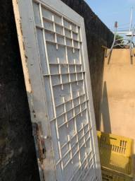 Título do anúncio: Portão ferro puro e pesado