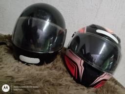 Título do anúncio: Vendo dois capacetes 100$