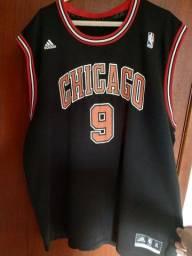 Título do anúncio: Camisa Chicago Bulls + 2 Bermudas and1