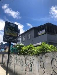 Excelente ponto comercial possui média de 450 mts  com 5 Qts  em Encruzilhada - Recife - P