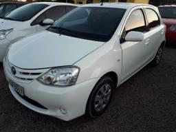 Toyota - Etios Completo - 2013