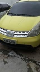Nissan Livinia - 2012
