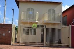 Sobrado com 3 dormitórios para alugar por r$ 1.300/mês - centro - jardinópolis/sp