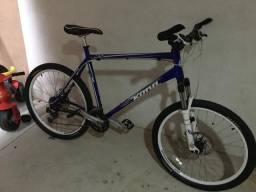 Mountain Bike Kona aro 26 quadro 22