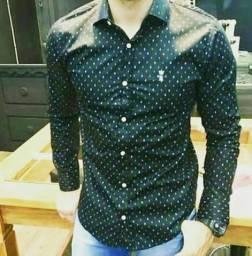 Vendedor masculino para loja de moda