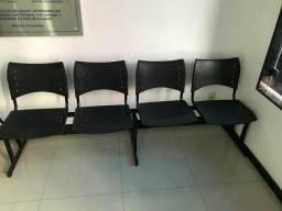 Vende-se cadeiras 250,00 reais
