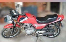 Moto Honda CB400 - 1986