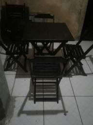 Promocao MESA+4 cadeiras de madeira semi nova preta Top tem conversa