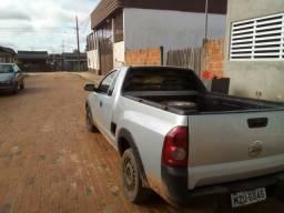 Troco por carro fechado de 4 portas - 2009
