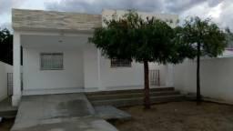 Casa no Loteamento Geraldo Carvalho, 2 quartos sendo 1 suíte, Próximo a APAE