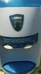 Bebedouro e purificador de água