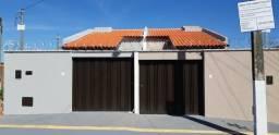 Oportunidade Casa 2/4 com Suite e Jardim de Inverno - Res. São Marcos - Goiânia