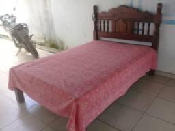 Vendo essa cama madeira de macaratiaria