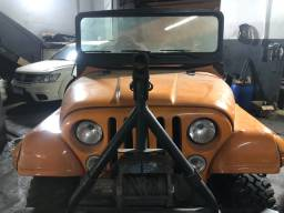 Jeep 1957 6 cilindros