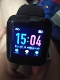 Vendo relógio smartwacht novo