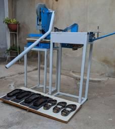 Máquina Para Fabricação de Sandálias de Borracha!