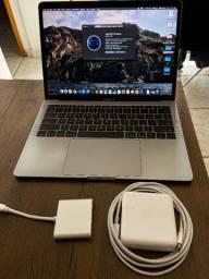 """MacBook Pro 13"""" Late-2017 com Adaptador USB-C"""