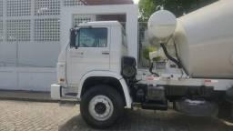 Título do anúncio: Caminhões betoneira vw 31260 e vw 26260 ano 2009
