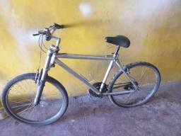 Título do anúncio: Bicicleta de aluminio em bom estado