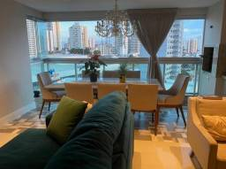 Venda de Apartamento no Edifício Absoluto com 156 mts e 4 quartos