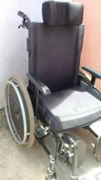 Cadeira de rodas, regulável e super confortável