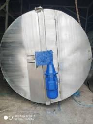 Tanque em aço inox 304 volume 9.000 litros, chapa 6,2 mm, com moto redutor 15 CV