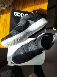 Tênis Adidas Original na caixa