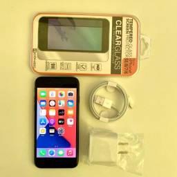 Iphone 8 64GB muito novo