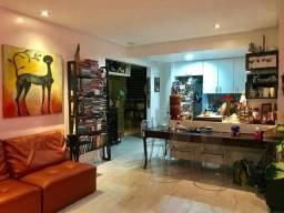 Título do anúncio: Lindo apartamento com 2 suítes no Rio Vermelho