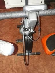 Vendo bicicleta hidrometrica e prancha vibratória