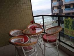 Apartamento Cabo Frio, com vista lateral para mar, com 2 quartos