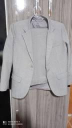 Vendo conjunto terno + calça infantil + gravata