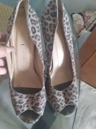 Sapato plataforma de onça