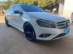 Título do anúncio: Vendo Mercedes Classe A 200 1.6 Urban ano 2014