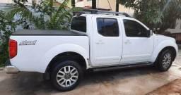 Título do anúncio: FRONTIER R$105.000,00! Diesel 4x4 2014 Automático