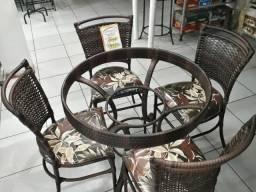 Mesa de Jantar com 4 Cadeiras em Junco