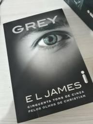 Livro Grey: Cinquenta Tons De Cinza Pelos Olhos De Christian