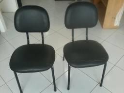 Cadeira de escritório - 2UN - R$ 80,00 reais