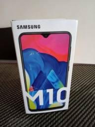Vendo Celular Samsung M10 ( novo na caixa )