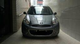 Vendo Nissan March 1.6 manual / 2014 - 2014