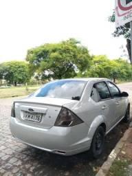 Ford Fiesta Sedan 2014 - 2014