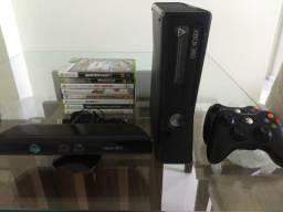 Xbox 360 com Kinect + 8 jogos