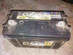 Vendo Bateria Moura 105amper