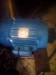 Motor elétrico trifásico 5 cavalos 3500 rpm