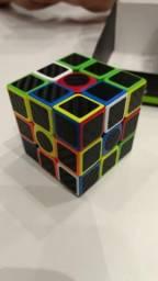 Cubo Mágico - Textura de fibra de carbono