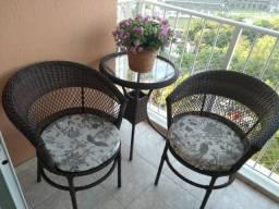Conjunto de mesa e cadeiras de Vime