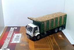 Revista Altaya c/ Miniatura caminhão Ford Cargo C-2630 1:43