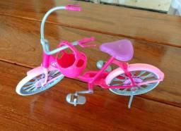 Bicicleta Barbie + Moto Monster Hugh - Mattel